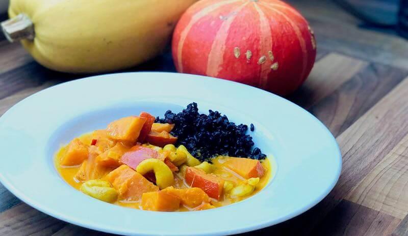 Kürbis-Curry mit Venere Reis im Herbst