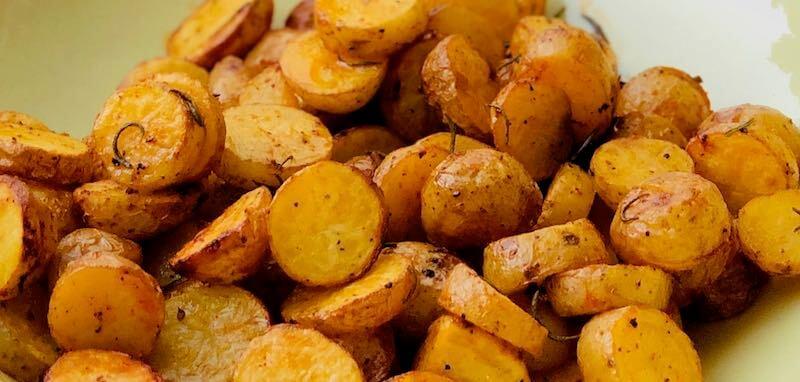 Rosmarin-Kartoffeln Querformat - ideal für den Spätsommer und Herbst