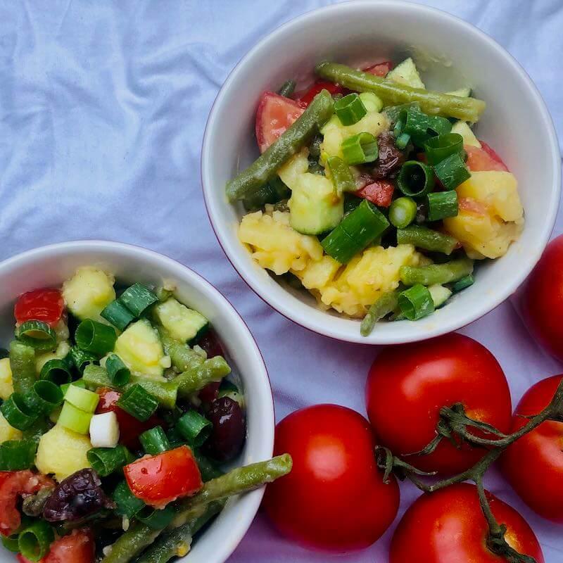 Sommerlicher Kartoffelsalat, quadratisch, Ernährung für Ausdauersport